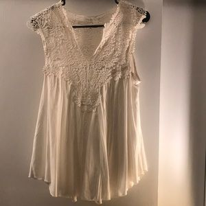 White lace detailed tank